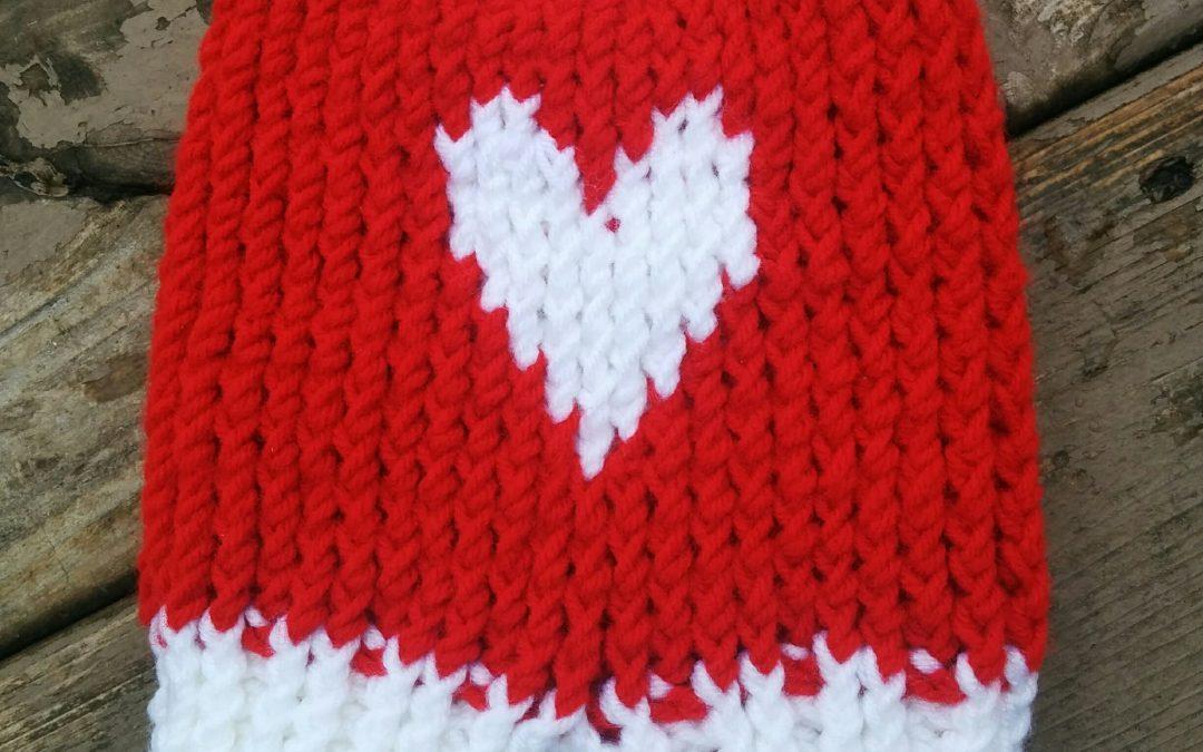 Smitten for this Valentine's Day Mitten Pattern